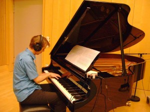 Haarmann during the recordingsession for 'r_evolution'